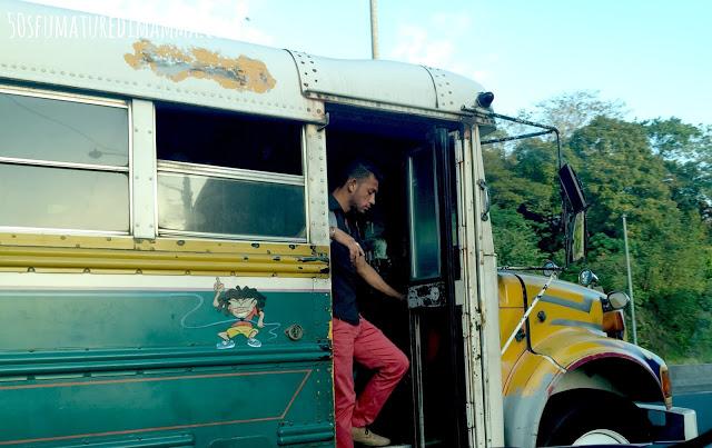 Diablo Rojo, trasporto illegale ma economico di Panama City