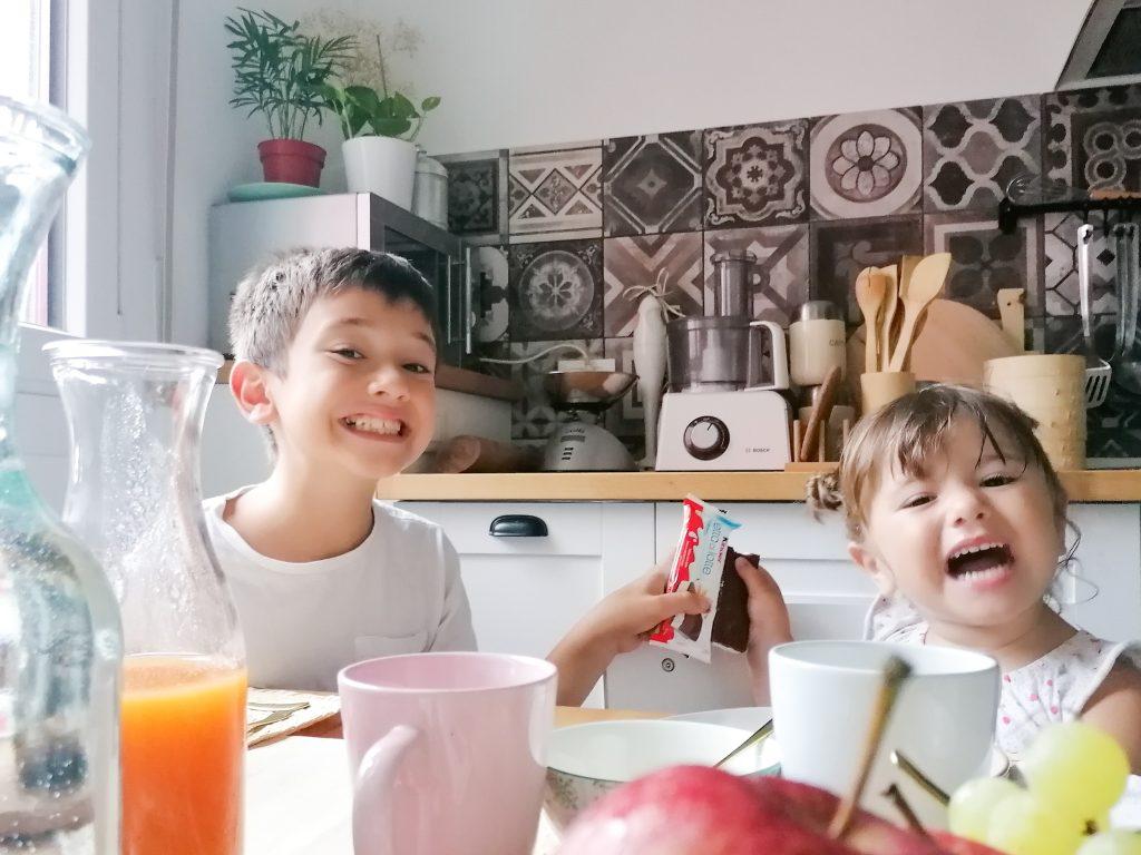 colazione bambini kinder fetta al latte